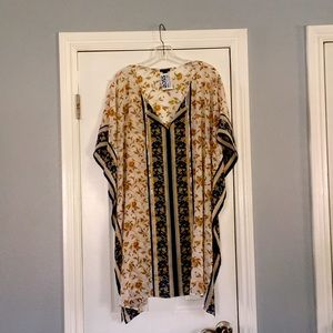 Ann Taylor beach cover up or lounge wear
